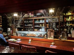 ogoura-restaurant-sushi-paris-intérieur-comptoir